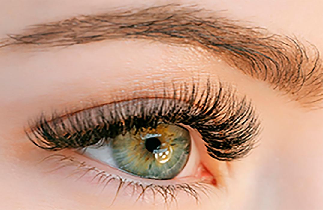 Eyelash Extensions kursus - single, 2D-6D og hybrid (Kombineret online undervisning og praktik)