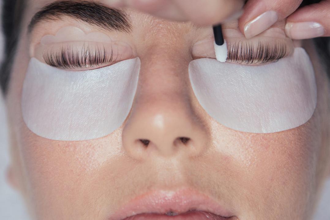 Vippetekniker kursus - alt inden for lash & brow styling (Kombineret online undervisning og praktik)